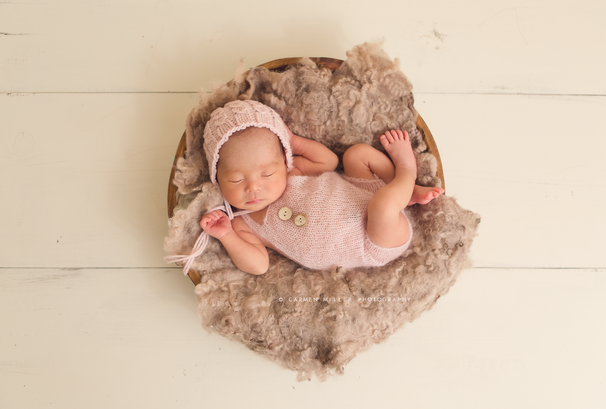 newborn girl seattle photographer
