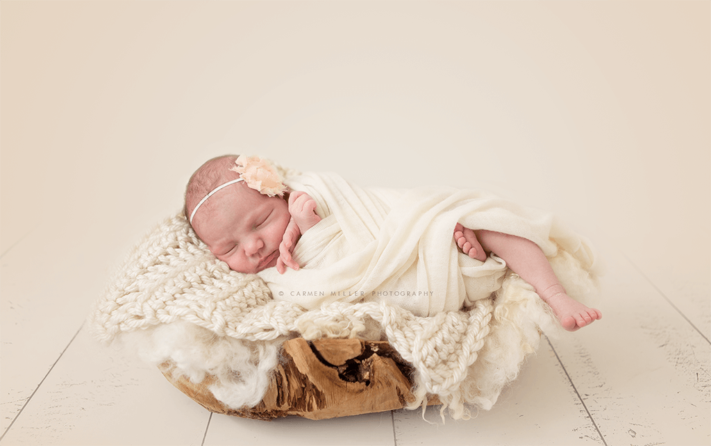 newborn photo session seattle