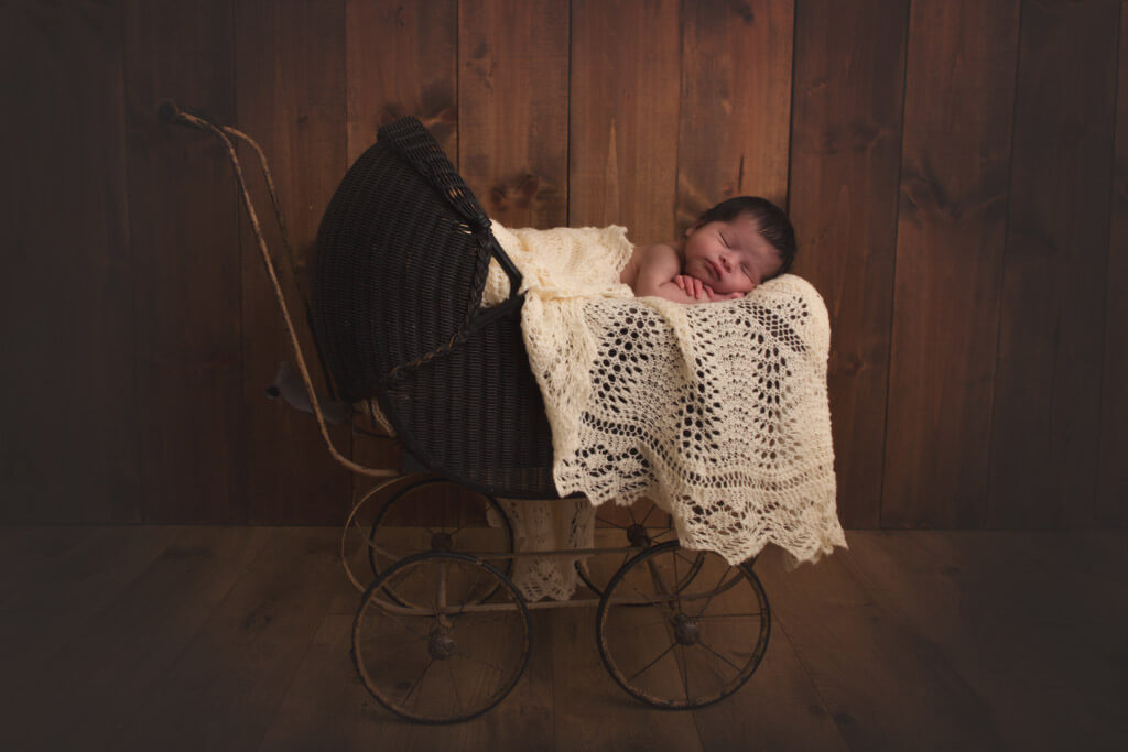 bothell photographer newborn boy