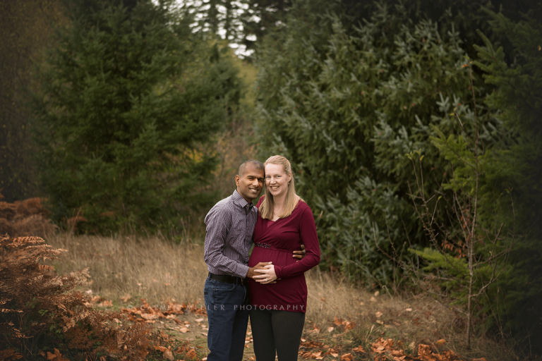 maternity photo session in Bothell WA