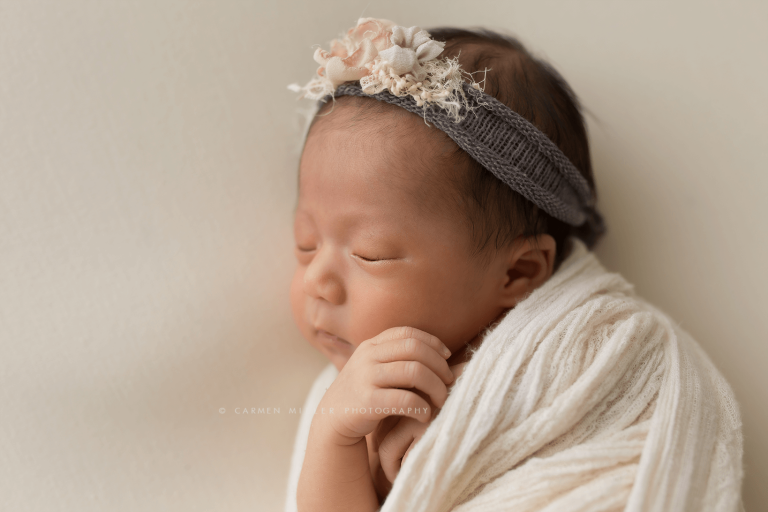 newborn photographer in seattle