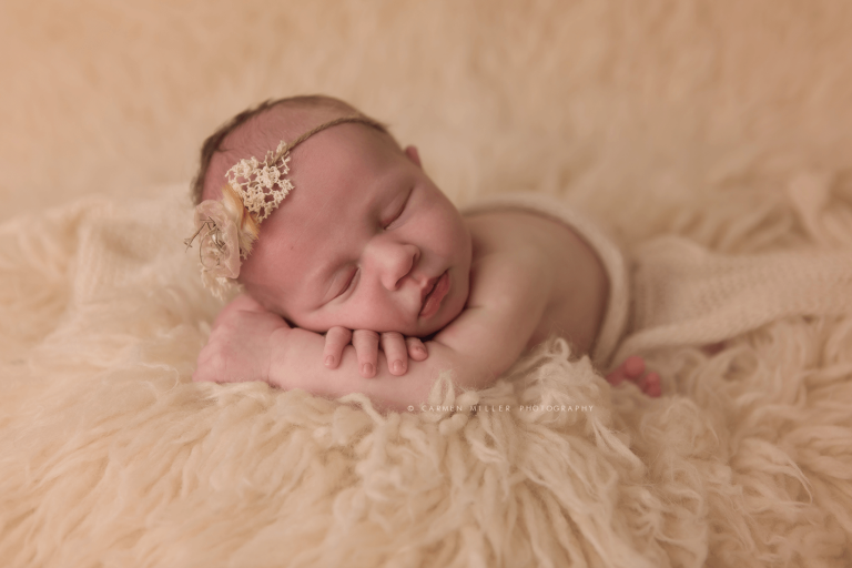baby girl photo seattle newborn photographer